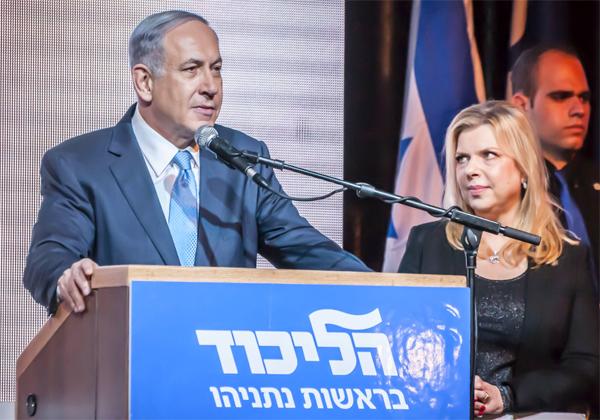 היי-טק לצד קמפיין שטח. ראש הממשלה ורעייתו, בנימין ושרה נתניהו. צילום: BigStock
