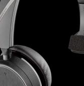 מתנתקים מהסביבה עם אוזניות? הכירו את Plantronics Voyager 4210 UC