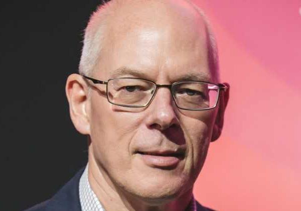 אדריאן קוקרופט, סגן נשיא לאסטרטגיה של ארכיטקטורת ענן באמזון ווב סרוויסז. צילום: תומר פולטין