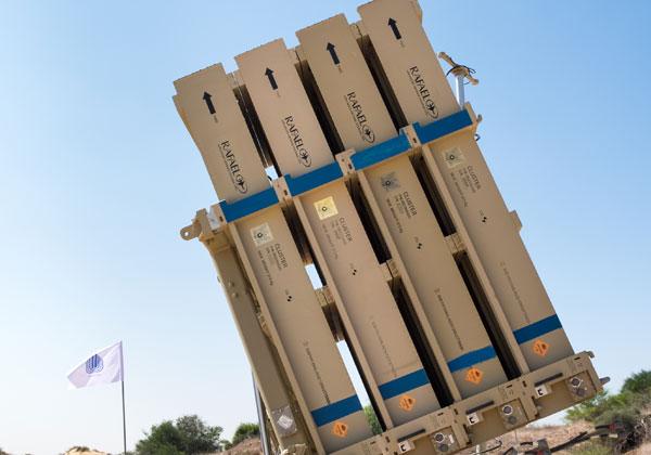 סוללת כיפת ברזל. צילום: BigStock