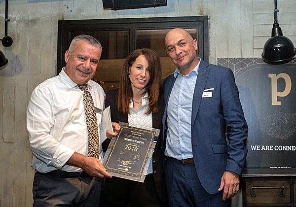 """מימין: אנדרס ריכטר, מנכ""""ל פריוריטי; חנה שראל, מנכ""""לית מידעטק; ושלמה אסרף, סמנכ""""ל מכירות ושותפים בפריוריטי. צילום: איריס פירס"""