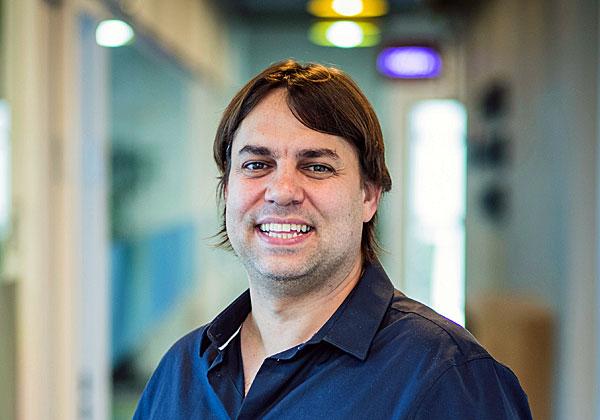 יובל טל, מנהל תחום Omni-Channel ומוצר SimpleChat באלעד מערכות. צילום: ויקטור לוי