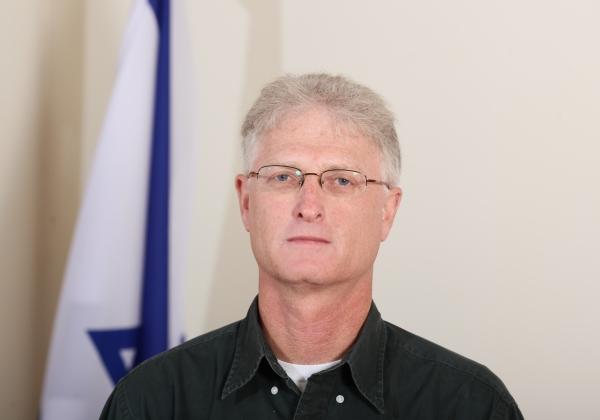"""ד""""ר מיקי גרדוש, מנהל תחום גיאולוגיה, גיאופיסיקה ומידע במינהל אוצרות הטבע במשרד האנרגיה. צילום: משרד האנרגיה"""