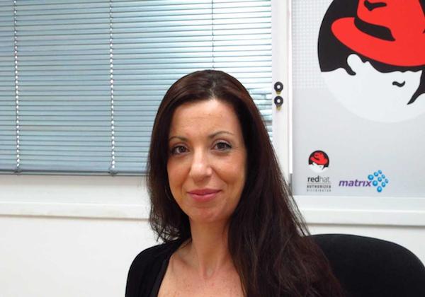 """שרון אקשטיין, מנהלת לקוחות בכירה ב-Matrix Open Source-, המייצגת בישראל את Aqua Security. צילום: יח""""צ"""