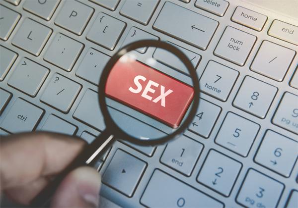חיפש סקס בחשבונות הלקוחות. צילום אילוסטרציה: BigStock