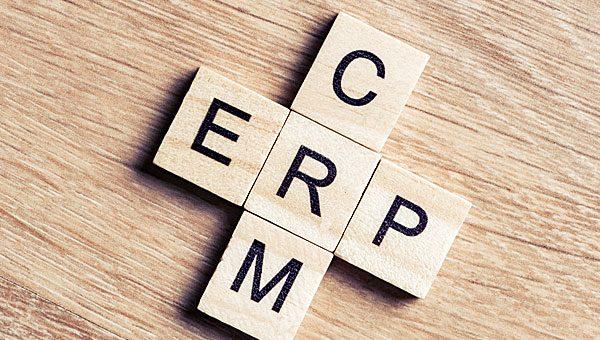 מדוע החיבור בין ה-ERP ל-CRM הכרחי?