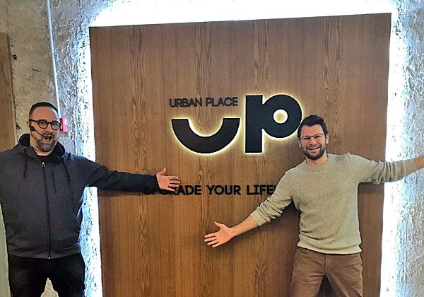 מימין: הלל פולד ודניאל רובין, מנהל צמיחה ותפעול באורבן פלייס. צילום: שיבי כרמי