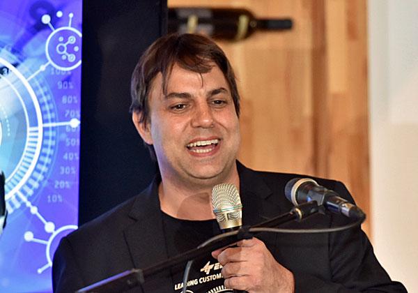 יובל טל, מנהל מוצר סימפל צ'ט באלעד מערכות. צילום: נדב כהן יהונתן