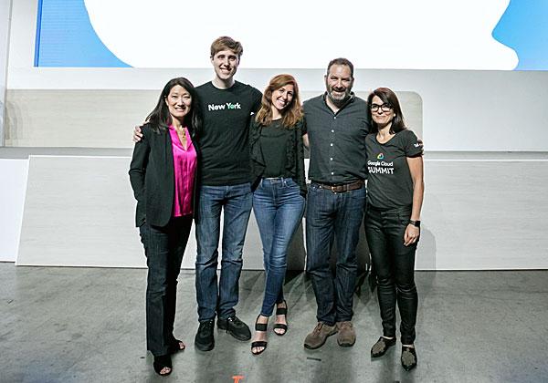 מימין: אלית בן בסט נוריאל, אדם סליגמן, שירה קמחי, פיטר סובוט וקרול קרפנטר. צילום: תומר פולטין