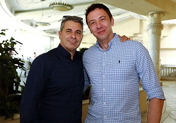"""מימין: פיוטר נוביק, מנהל פיתוח עסקי לשותפי ענן ב-VMware, ואלון סלע, מנהל שותפים בחברה. צילום: יח""""צ"""