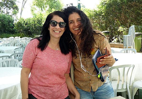 אור-לי עפרי עם שירלי כהן-גרוס, מנהלת האירועים בספארי, התומך באירועי גשר של אור מזה שנים