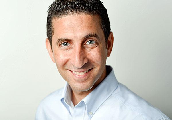 """איתי אמויאל, מנהל מכירות למגזר הפיננסי בסימנטק ישראל. צילום: יח""""צ"""
