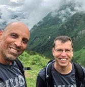 """מה קורה כשמנכ""""ל ומנמ""""ר יוצאים לכבוש את ההר הכי גבוה באירופה?"""