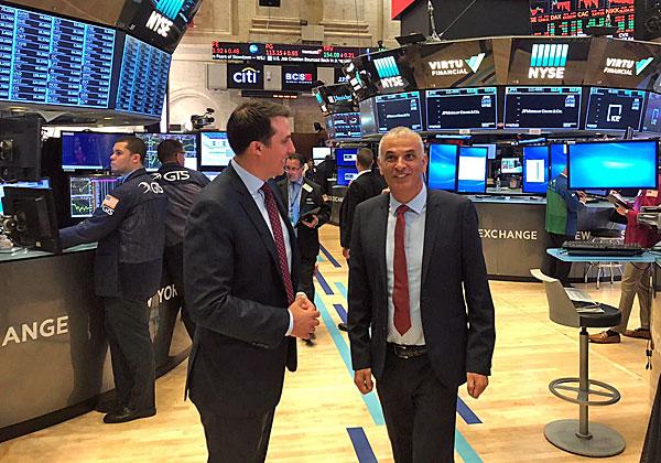 שר האוצר, משה כחלון, בבורסת NYSE בניו-יורק. צילום: דוברות משרד האוצר