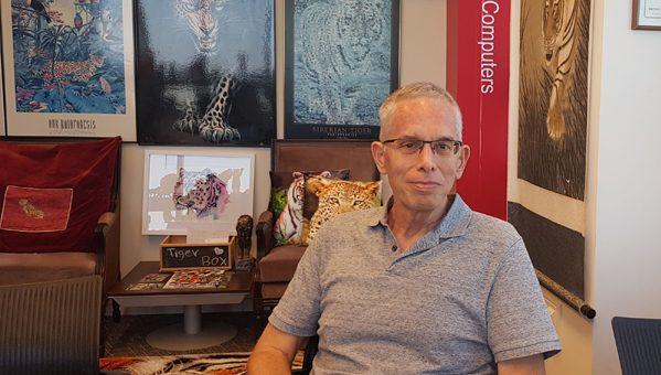 בא לבקר במאורת הנמר: אורי מלצר, יועץ
