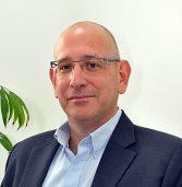 KLA מגייסת 300 עובדים בישראל