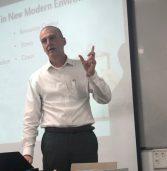 שי שרגל בהרצאת אורח בקריה האקדמית אונו: כיצד להצליח בפרויקטי IT