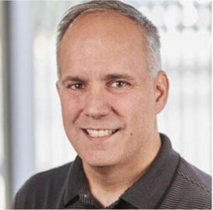 """ג'ו פרננדז, סגן נשיא מוצרים ופלטפורמות ענן ברד-האט. צילום: יח""""צ"""