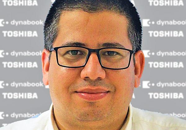 אהרון לאוטמן, נציג מכירות דיינאבוק בישראל. צילום: רבקה באסל