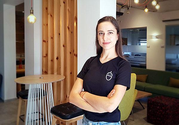 אקה בראונשטיין, ראשת צוות UX/UI ברובין. צילום: רוני כהן