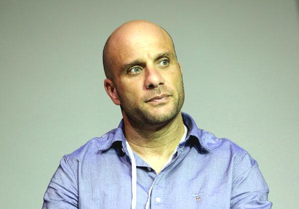 גלעד זינגר, מנהל בכיר ואחראי אבטחת מערכות תפעוליות ב-PwC ישראל. צילום: ניב קנטור