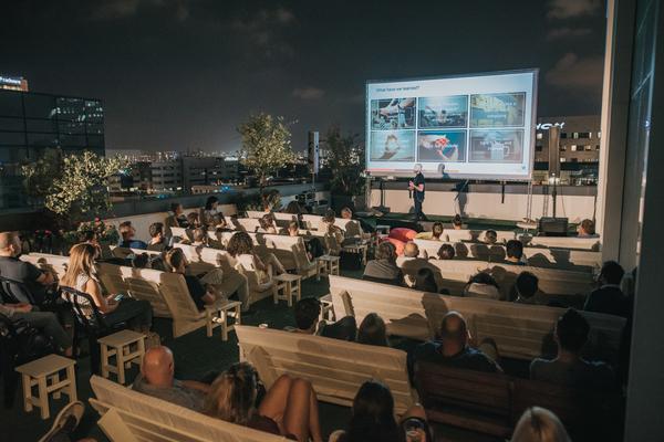 Ecommerece on Beer - קהילת האיקומרס בישראל - על גג אלעד מערכות. צילום: עידן סבח