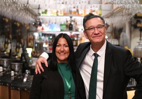 הילה אוביל ברנר, מנהלת תכנית האקסלרטור של טקסטארס בישראל, עם ליאור מנור. צילום: רוני הרמן