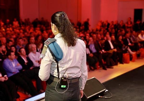סגן ח' מממר''ם שבאגף התקשוב בכנס Red Hat Forum 2019 Israel. צילום: ניב קנטור