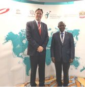 שלום חינוכי: נשיא קרן אתנה הישראלית השתתף בכנס בדובאי