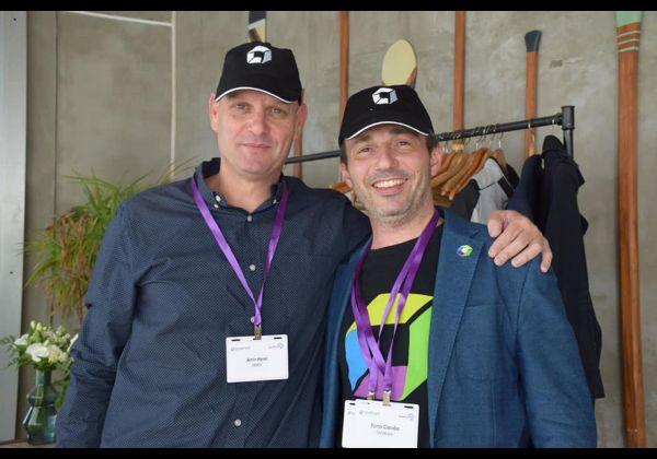 אמיר הראל סגן מנהל חטיבת מוצרי התוכנה של מטריקס, וקלאודיו פורטו, מנהל אזור אירופה, המזרח התיכון ואפריקה של דיינטרייס. צילום: הדר צדקה חזן