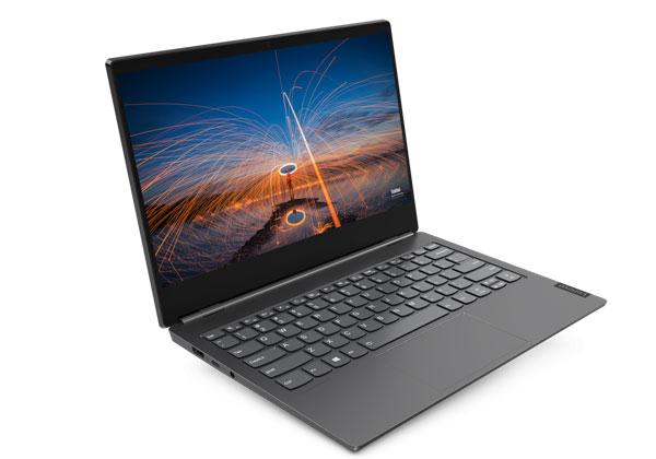 """ה-ThinkBook Plus של לנובו. צילום: יח""""צ"""