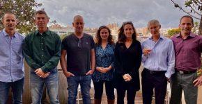 """מימין לשמאל: עידו גלטנר, מייסד ומנכ""""ל Arugga; אמיר נוי, מנכ""""ל Metabolic Insights; הילה רום, מנכ""""ל Makers – Venture Builders; עומרי בורל, מייסדת ומנכ""""לית משותפת, טק פור גוד; ניר שמעוני, מייסד ומנכ""""ל משותף, טק פור גוד; ד""""ר דרור שליטין, מייסד ומנכ""""ל PlantArcBio; ודותן בורנשטיין, מנכ""""ל SaliCrop. צילום: כרמל סנדלר"""