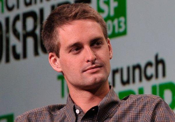 """אוון שפיגל, מייסד ומנכ""""ל חברת סנאפ, העומדת מאחורי אפליקציית הרשת החברתית סנאפצ'ט. צילום: וויקיפדיה"""