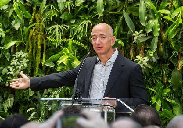 ג'ף בזוס, מייסד אמזון. צילום: מתוך ויקיפדיה