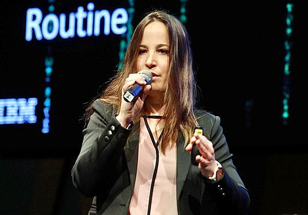 דנה ארדיטי, מובילת תחומי הדיגיטל והבינה המלאכותית ביבמ ישראל. צילום: ניב קנטור