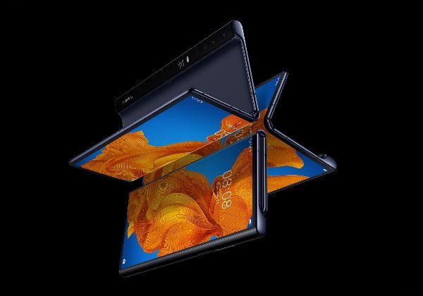 """האם גם מכירותיו יצטמצמו? הסמארטפון המתקפל החדש של וואווי - Mate Xs. צילום: יח""""צ וואווי"""