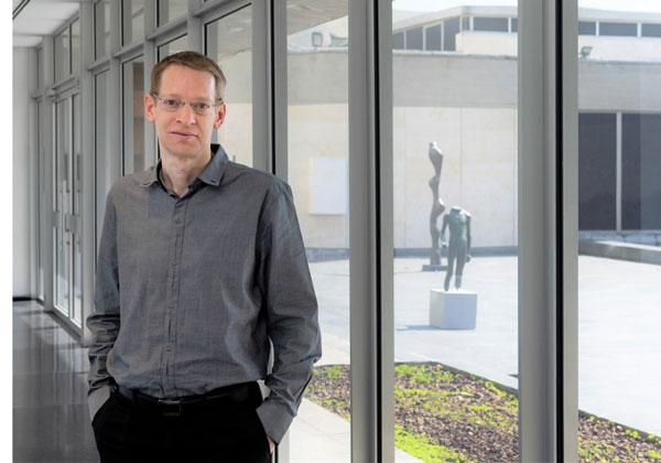 """אוהד גריינר, המנמ""""ר החדש של מוזיאון ישראל. צילום: לורה לכמן, מוזיאון ישראל"""