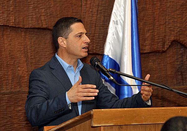 אופטימי ומאמין שהמעבר יצא לפועל. ראש עיריית באר שבע, רוביק דנילוביץ'. צילום: דוברות העירייה