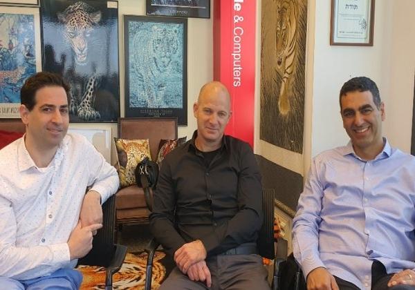 "מימין: יוני פנחס, מנכ""ל וויזארדס, ושותפיו עידן וקסלר ודוד יונגמן. צילום: פלי הנמר"