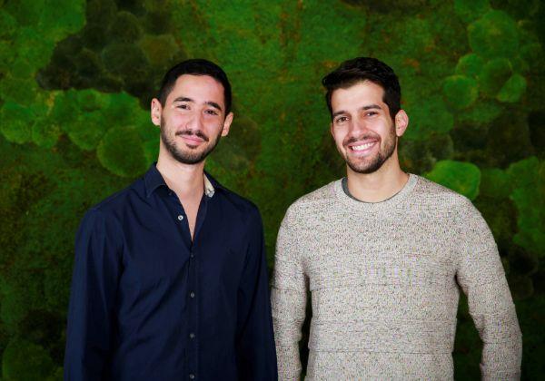 מייסדי אקסיס סקיוריטי, דור כנפו (משמאל) וגיל עזריאלנט. צילום: ירדן רוקח