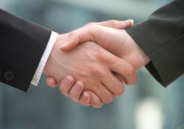 מיקרוסופט וקוואלקום מעמיקות את שיתוף הפעולה ביניהן. צילום אילוסטרציה: BigStock