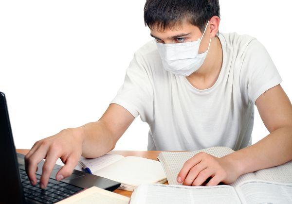 עוד אמצעי זהירות בזמנים של עבודה רבה מהבית. צילום אילוסטרציה: BigStock
