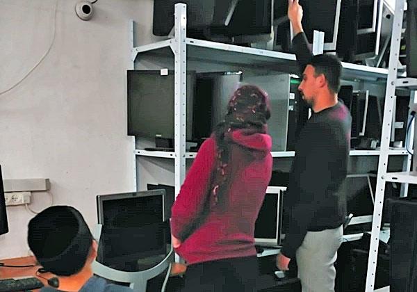"""מעבדת המחשבים של מחשבה טובה. צילום: יח""""צ"""