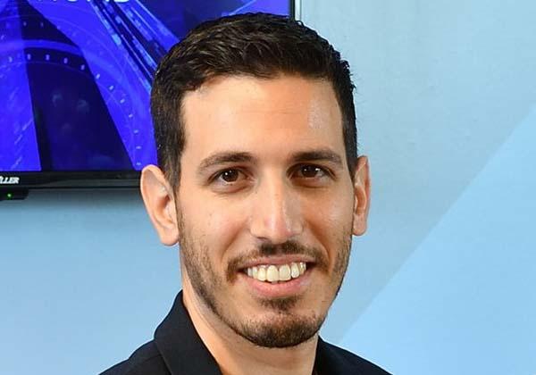 אלירן בינמן, יזם סדרתי, שותף־מייסד במרכז החדשנות היירואד לטכנולוגיות אורבניות וממייסדי סוכנות אינדיהאב. צילום: ישראל הדרי