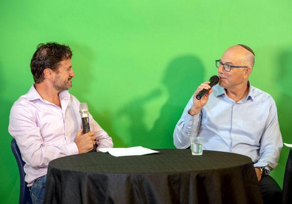 """מימין: אודי וינטראוב, מנכ""""ל מלם תים, ואורן שגיא, מנכ""""ל סיסקו ישראל. צילום: רמי לוי"""