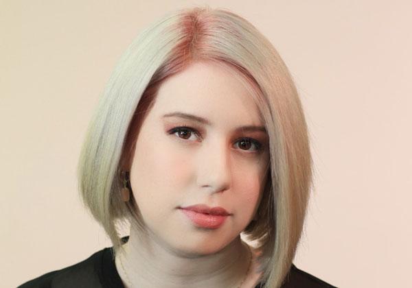 """בר וורובל, מעצבת קריאייטיב מרקטינג באוברוולף. צילום: יח""""צ"""