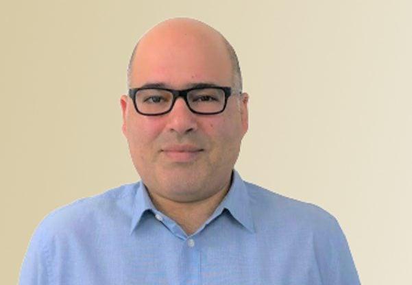 """אמיר עוז, יועץ טכנולוגי לארגונים ומנכ""""ל חברת הייעוץ ניו אדווייס. צילום: יח""""צ"""