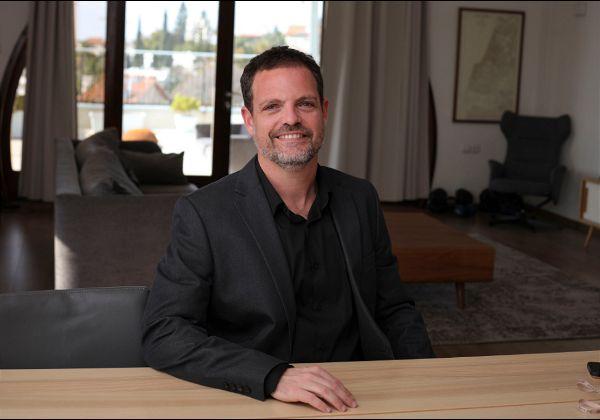 לירון רוז, אנג'ל, יזם סדרתי ומשקיע הון סיכון בסטארט-אפים וחברות טכנולוגיה בישראל ובעולם. צילום: איל מרילוס