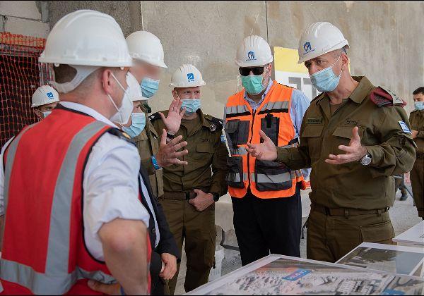 """ביקור ראש המטה הכללי בדרום לקראת המשך מעבר צה״ל לנגב. צילום: דובר צה""""ל"""