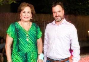 """מימין: אורן שגיא, מנכ""""ל סיסקו ישראל, ונאווה ברק, נשיאת עלם. צילום: אלברט ללמיאב"""